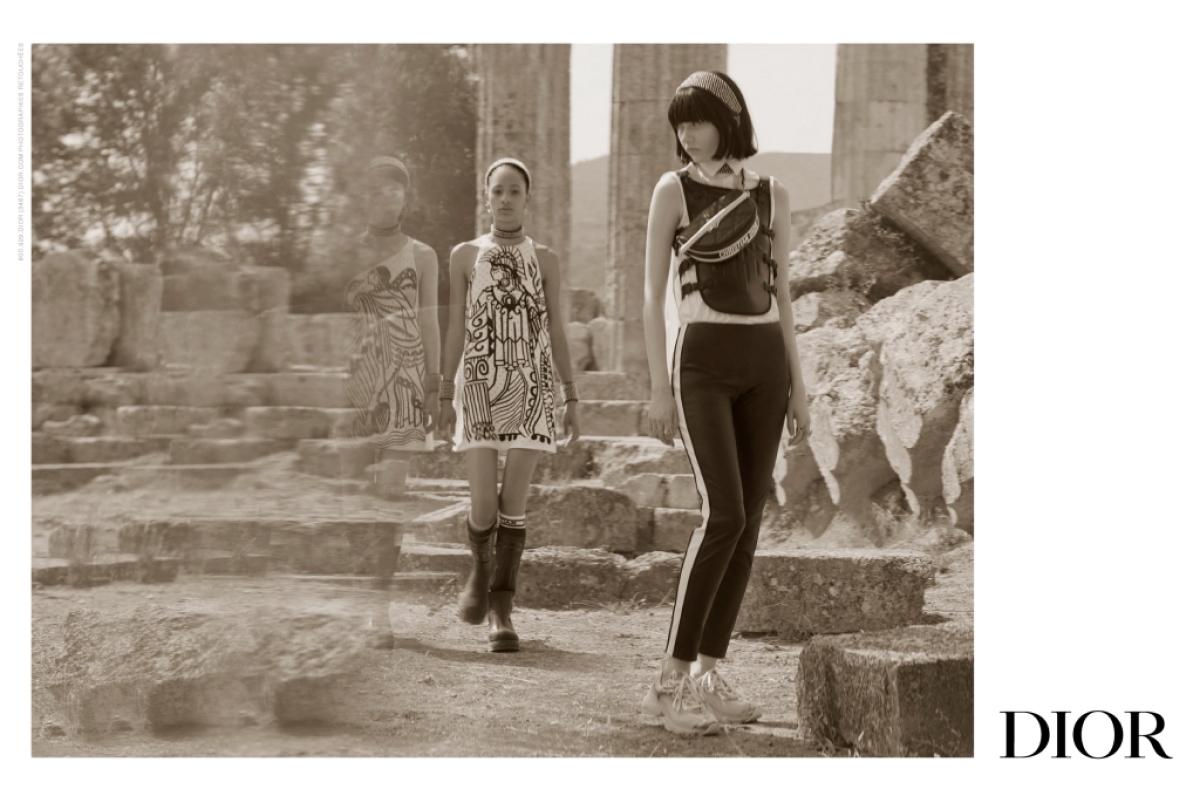 Dior показал кампанию новой круизной коллекции — ее съемки прошли в Греции (фото 2)