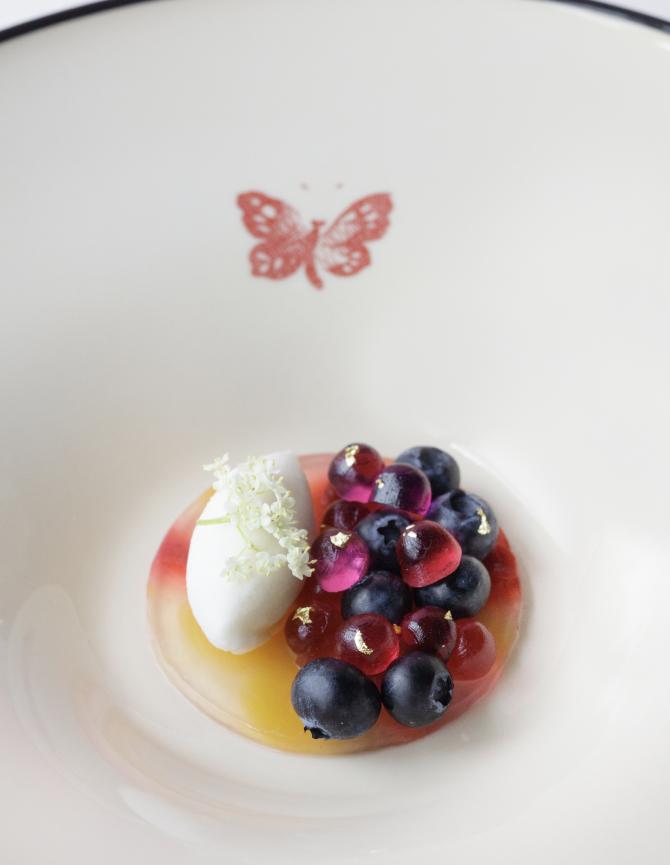 В Токио открывается ресторан Gucci (фото 2)