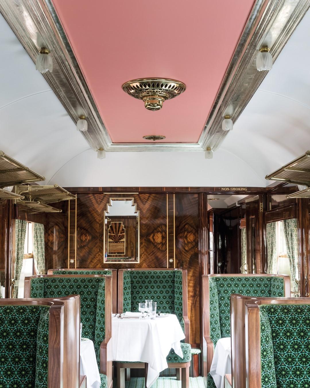 Уэс Андерсон оформил интерьер вагона в поезде Belmond British Pullman (фото 1)