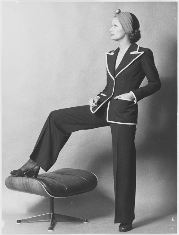 Ив Сен-Лоран: как выглядят эскизы к коллекции-прорыву 1971 года (фото 3)