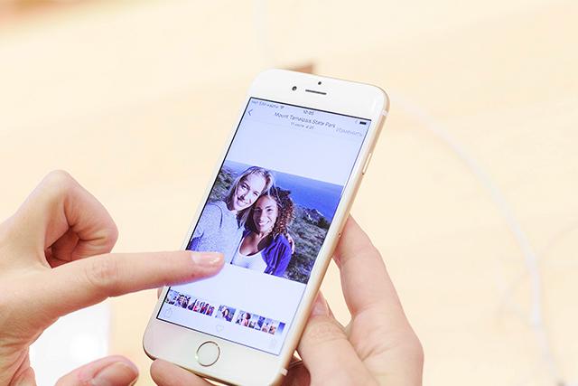 Самый популярный — розовый: iPhone 6s и iPhone 6s Plus теперь и в Москве (фото 1)