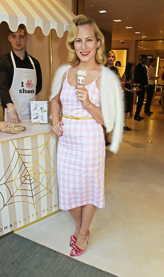 Вечеринка в честь открытия бутика Charlotte Olympia в Лондоне (фото 1)