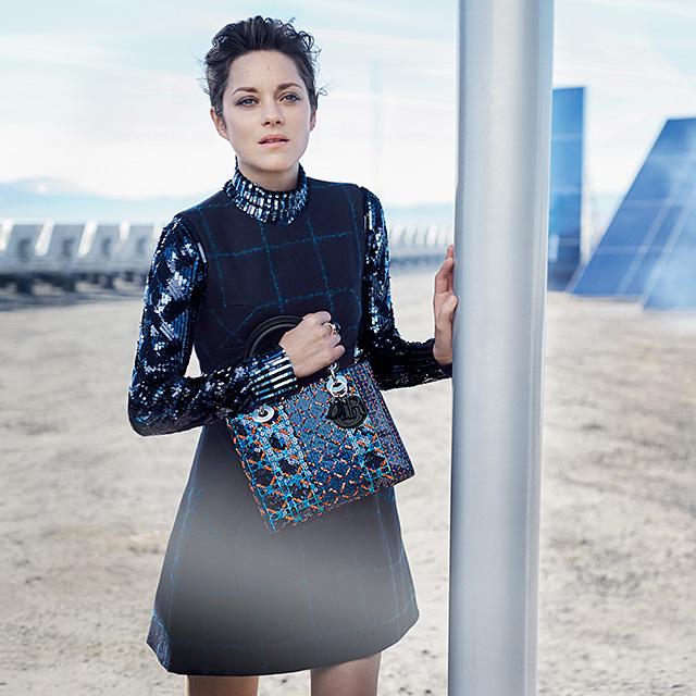 Эксклюзив Buro 24/7: Марион Котийяр о работе в Голливуде, жизни во Франции и платьях Dior (фото 2)
