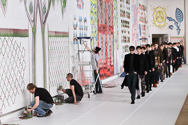 """""""Сенсациями"""" в моде сегодня становятся исключительно маркетинговые ходы, а не находки модельеров"""" (фото 9)"""