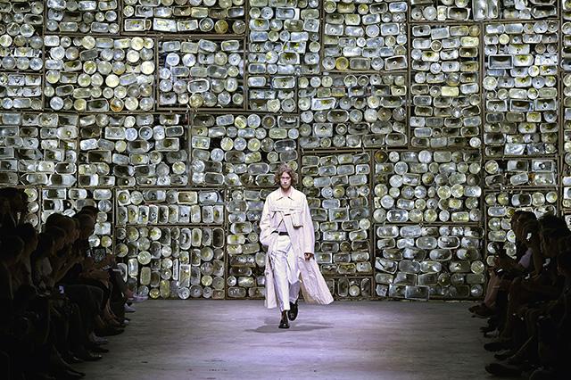 """""""Сенсациями"""" в моде сегодня становятся исключительно маркетинговые ходы, а не находки модельеров"""" (фото 14)"""