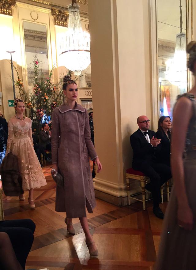 показ коллекции в La Scala (фото 5)