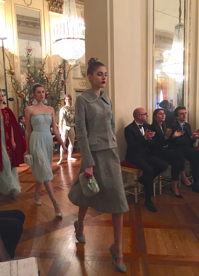 показ коллекции в La Scala (фото 7)