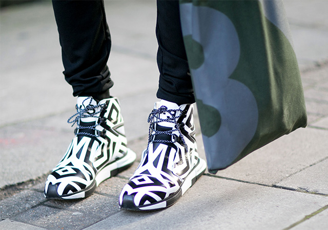 London Fashion Week A / I 2015: street style.  Terza giornata (7 foto)