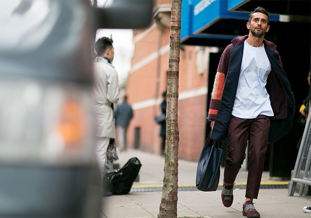 London Fashion Week A / I 2015: street style.  Terza giornata (10 foto)
