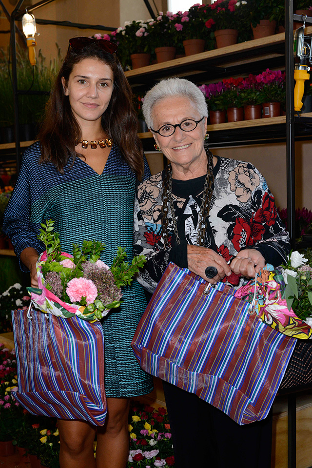 Flower market Marni in Milan (photo 3)