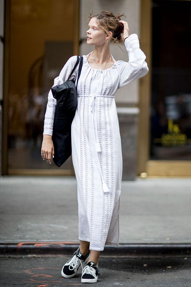 Что носят на Неделе моды в Нью-Йорке: 1 часть (фото 20)