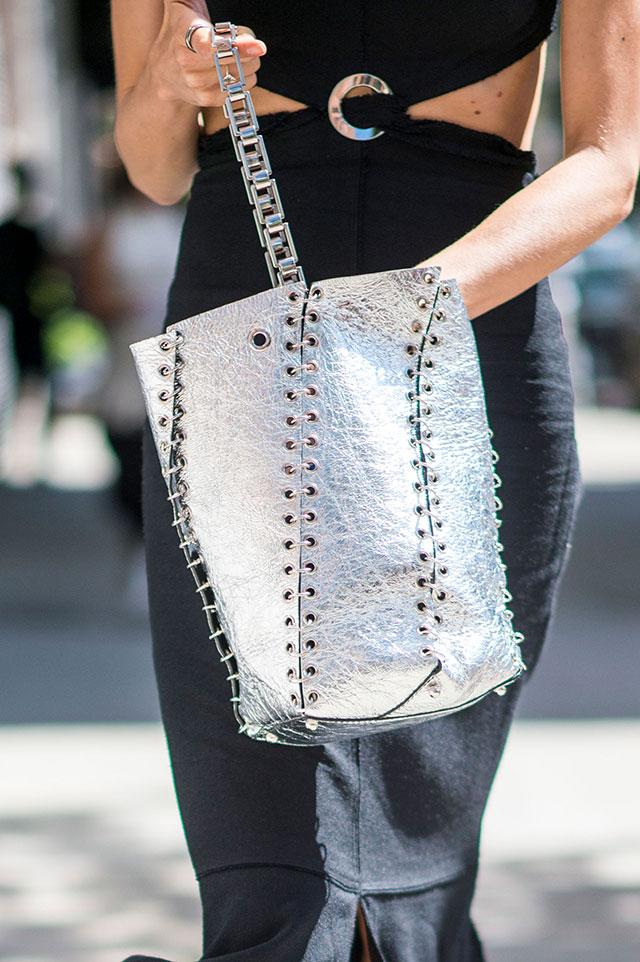 Что носят на Неделе моды в Нью-Йорке: 4 часть (фото 14)