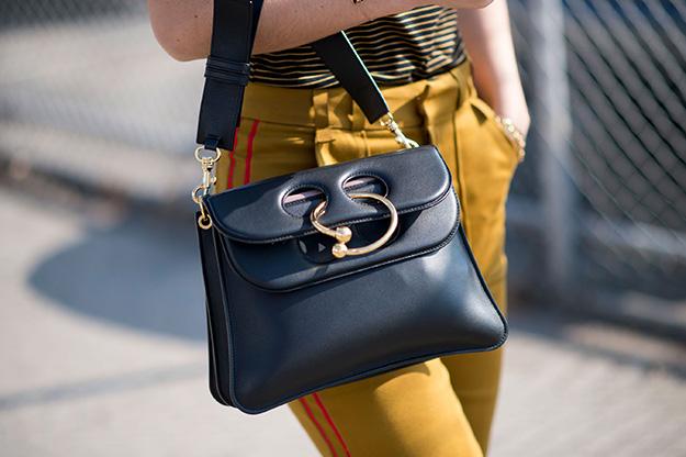 Что носят на Неделе моды в Нью-Йорке: 5 часть (фото 21)