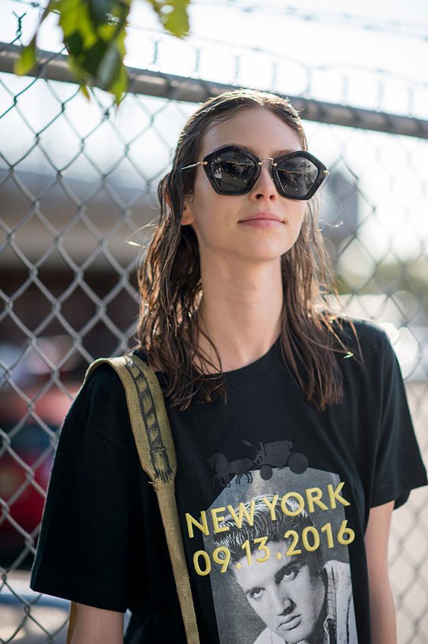 Что носят на Неделе моды в Нью-Йорке: 5 часть (фото 16)