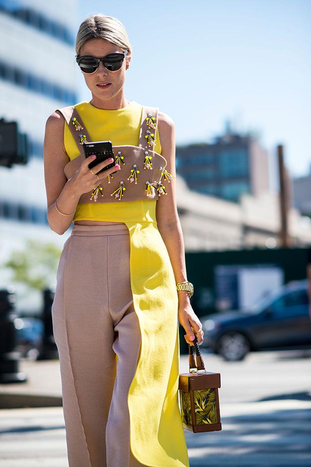 Что носят на Неделе моды в Нью-Йорке: 6 часть (фото 13)
