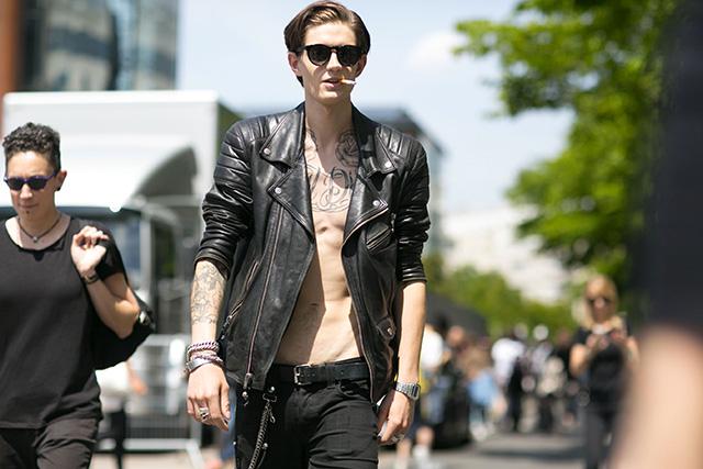 Неделя мужской моды в Париже, весна-лето 2016: street style. Часть 1 (фото 18)
