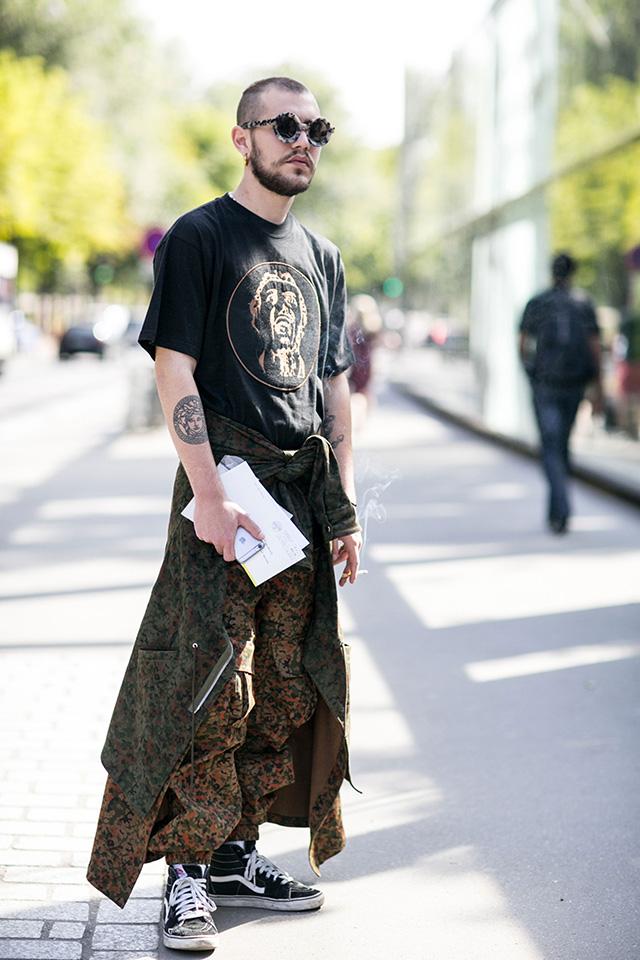 Неделя мужской моды в Париже, весна-лето 2016: street style. Часть 1 (фото 19)