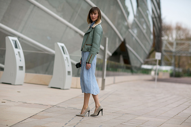 Paris Fashion Week A / I 2015: street style.  Part 7 (4 foto)