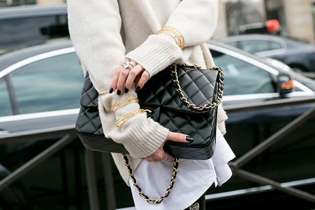 Paris Fashion Week A / I 2015: street style.  Part 7 (20 foto)