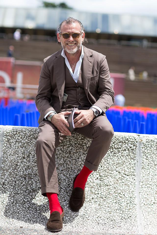 Мода носки с босоножками 2017