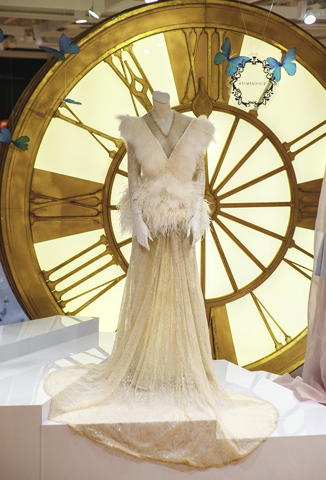 12 платьев для Золушки от российских дизайнеров в ЦУМе (фото 1)
