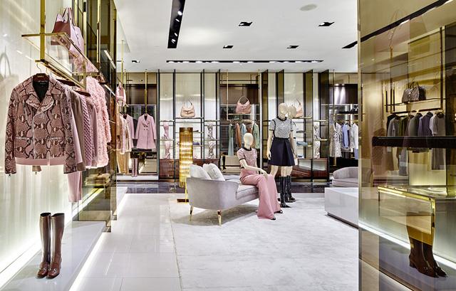 e0ab9d59fbe6 Интернет магазин итальянской одежды и обуви купить в Москве на Avito