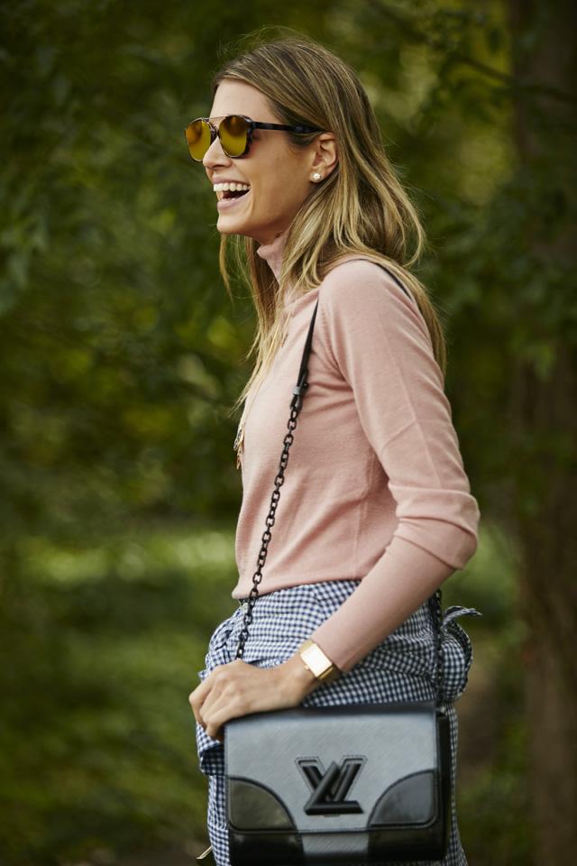 Неделя моды в Париже, весна-лето 2016: street style. Часть 5 (фото 15)