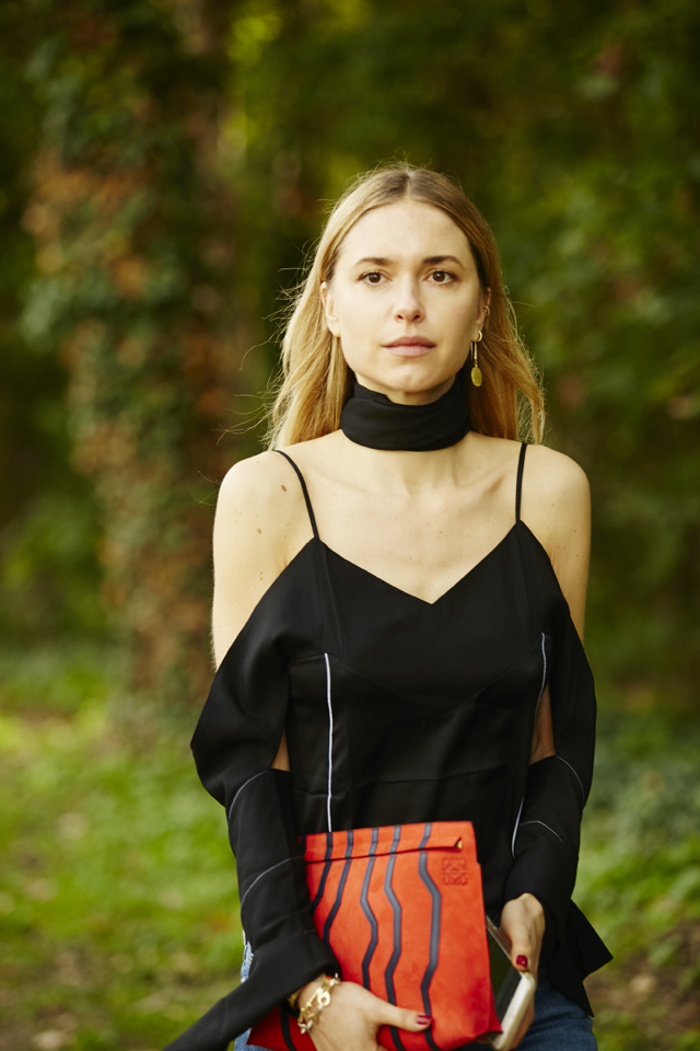 Неделя моды в Париже, весна-лето 2016: street style. Часть 5 (фото 21)
