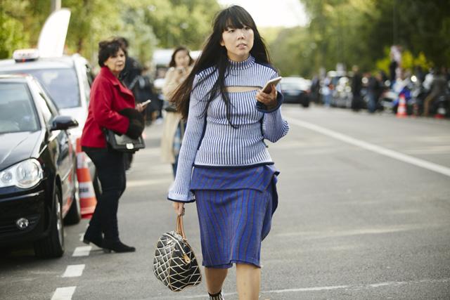 Неделя моды в Париже, весна-лето 2016: street style. Часть 5 (фото 18)