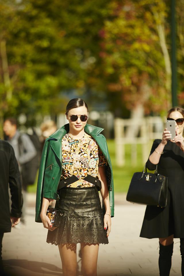 Неделя моды в Париже, весна-лето 2016: street style. Часть 5 (фото 7)