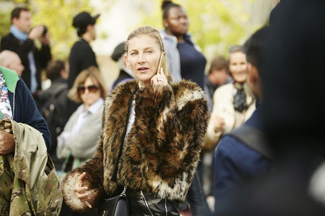 Неделя моды в Париже, весна-лето 2016: street style. Часть 5 (фото 6)