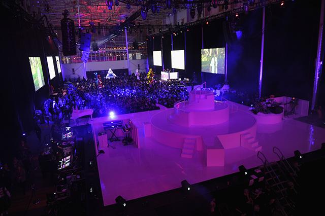 Леди Гага организовала выставку в Нью-Йорке (фото 13)