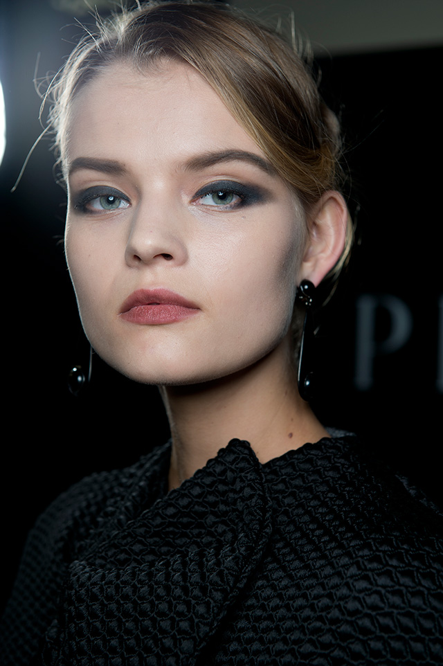 Armani Privé, Fall-Winter 2014: backstage (photo 1)