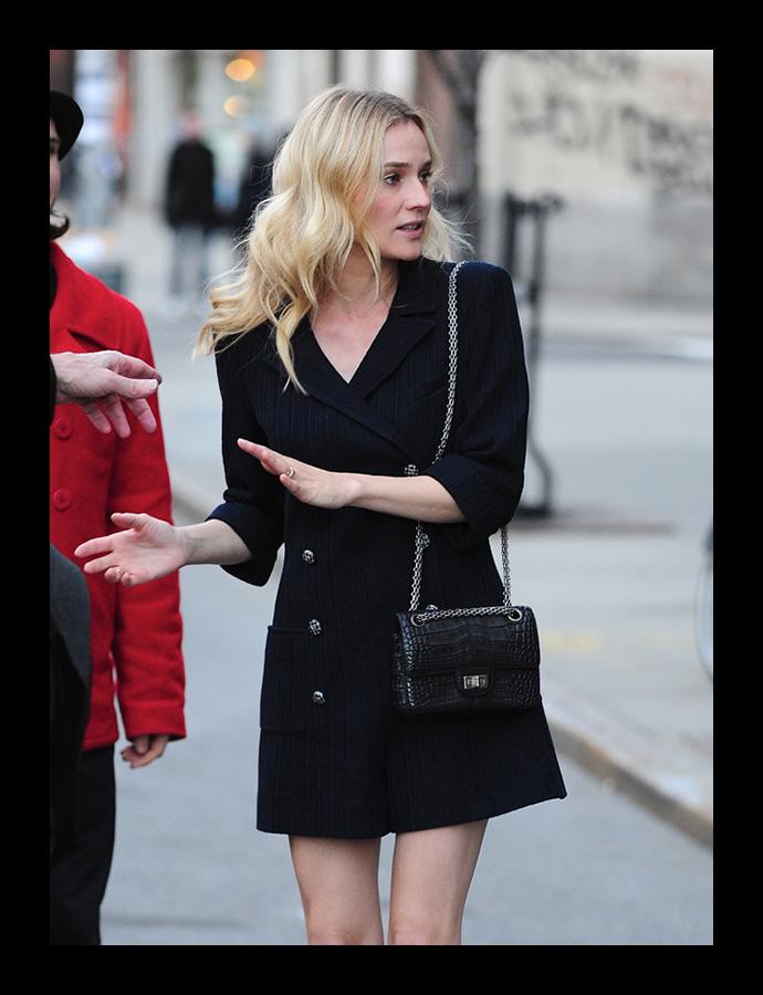 Клатч в форме флакона духов Chanel 5 SELFLOVERS