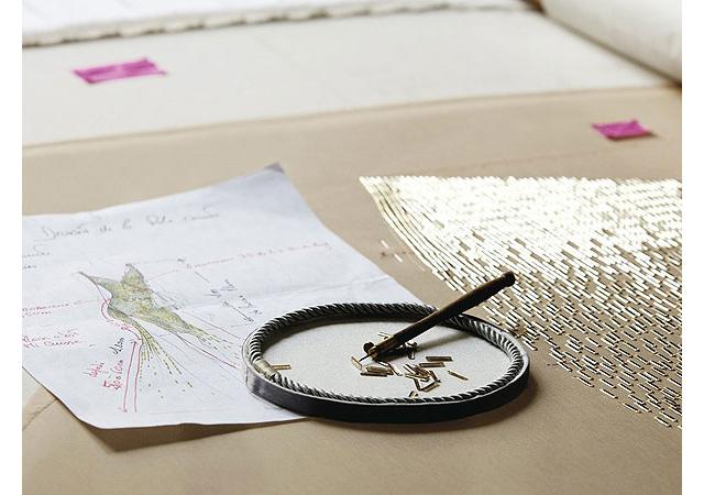 Золотая Шарлиз: рекламная компании J'Adore от Dior (фото 1)