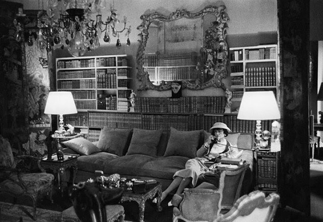 Фотовыставка знаменитой квартиры Коко Шанель в Saatchi Gallery (фото 1)