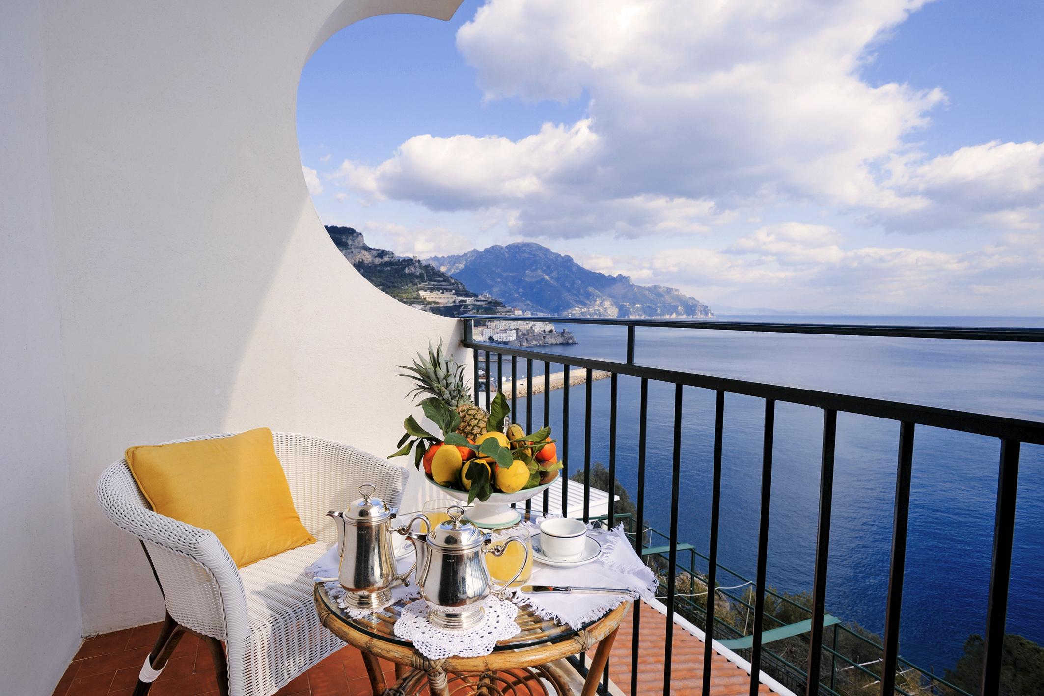 вид на море с балкона фото