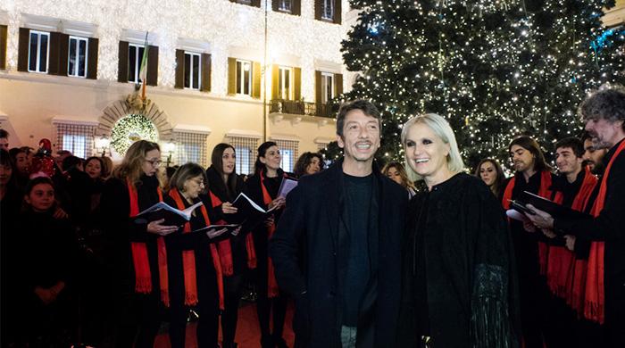Дом моды Valentino привносит свой вклад в общество