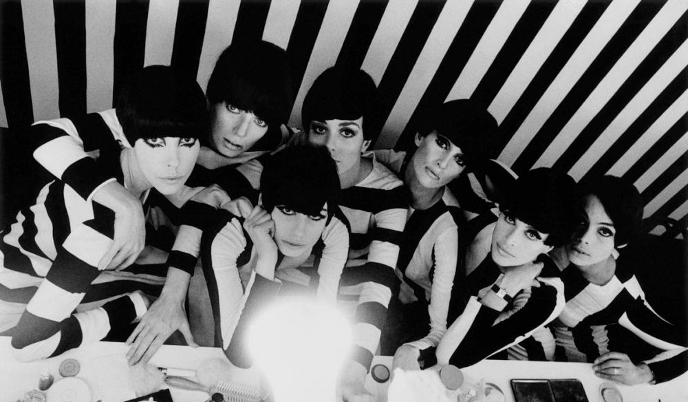 Models backstage, film 'Who Are You, Polly Magoo?', 1966