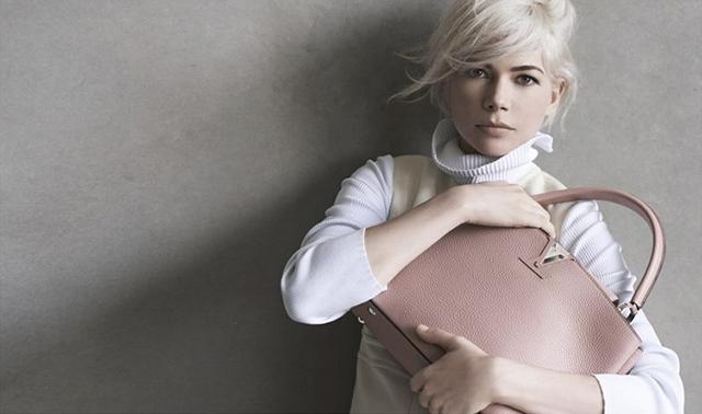 Мишель Уильямс третий сезон остается с Louis Vuitton (фото 1)