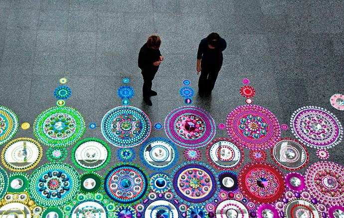 Кристаллы, стразы, зеркала: калейдоскопы Сьюзан Драммен (фото 1)