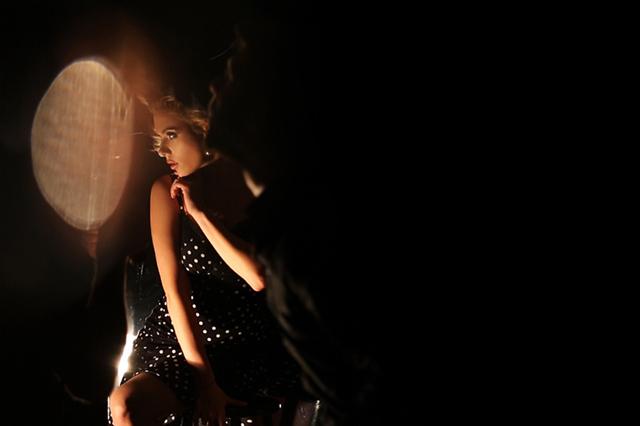 Скарлетт Йоханссон в рекламной кампании теней Dolce & Gabbana (фото 3)