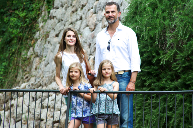 Prince Felipe of Spain, Princess Letizia of Spain and their daugthers Princess Leonor of Spain and Princess Sofia of Spain, 2013