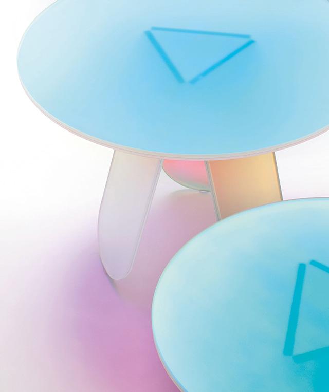 Радужная мебель от Patricia Urquiola на Salone del Mobile (фото 3)