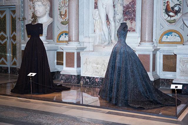 Высокая мода и скульптура: все подробности экспозиции Аззедина Алайи в Галерее Боргезе (фото 5)