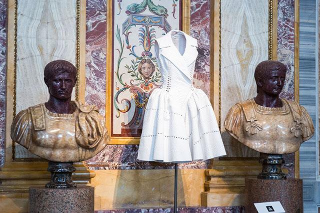Высокая мода и скульптура: все подробности экспозиции Аззедина Алайи в Галерее Боргезе (фото 2)