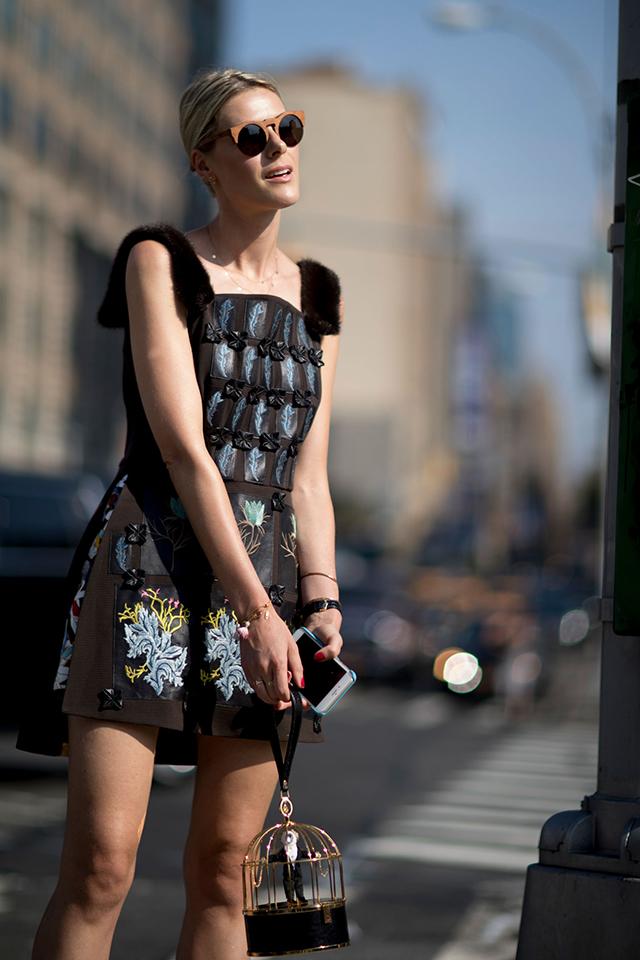 Что носят на Неделе моды в Нью-Йорке: 2 часть (фото 31)
