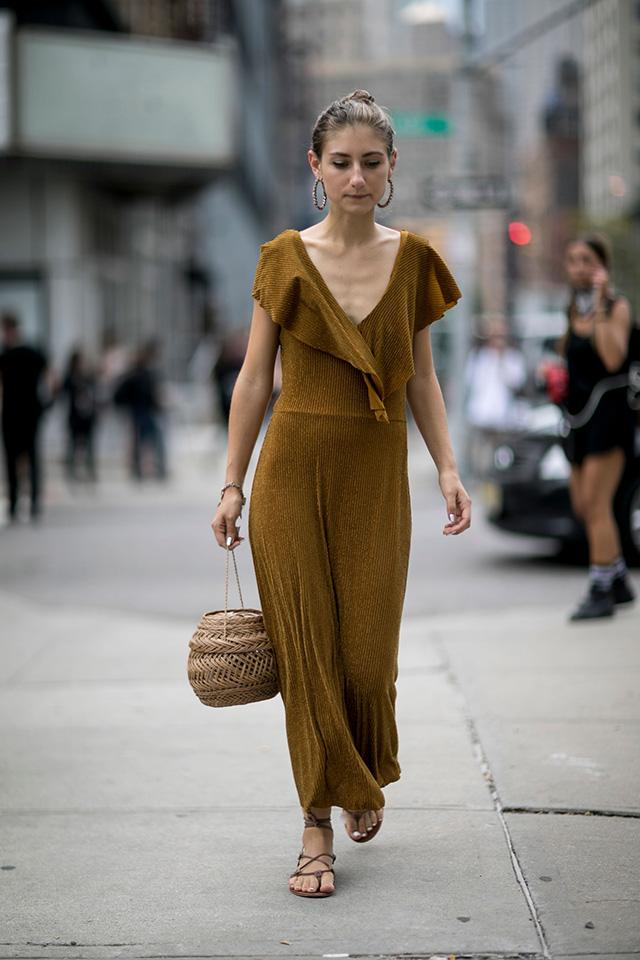 Что носят на Неделе моды в Нью-Йорке: 2 часть (фото 18)