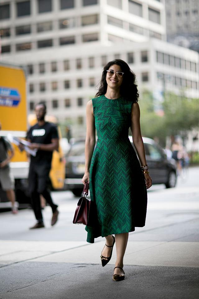 Что носят на Неделе моды в Нью-Йорке: 2 часть (фото 20)