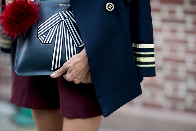 Что носят на Неделе моды в Нью-Йорке: 2 часть (фото 21)